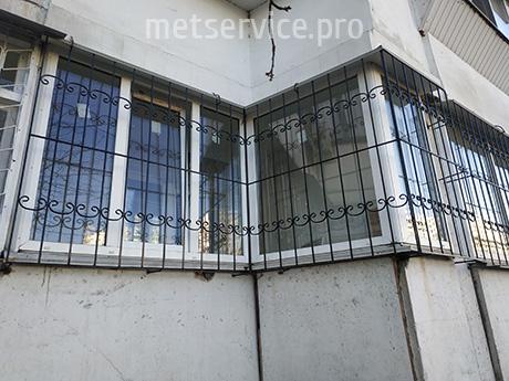 Решётки на угловые окна