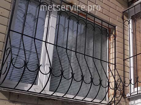 Оконная решётка на окно