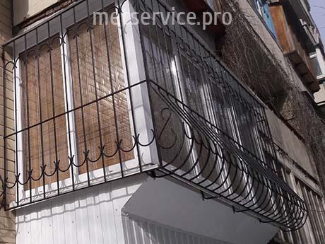 Гнутые решётки на балкон